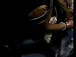 Boobs Cleavage of desi bhabhi in train touch by plead for her Son