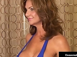 Mega Milf Deauxma Vs Cali Diva Shay Fox In A Pillock Showdown!