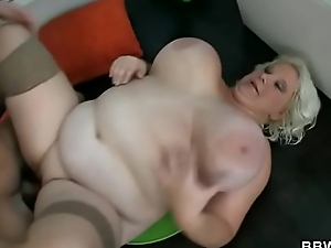 Horny guy fucks a BBW hooker