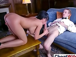 Remarkable Sex Tape To Cheating Floosie Amateur wife (patty michova) mov-21